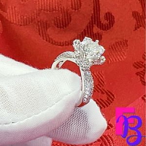 3 CT Vintage Floral Engagement Ring
